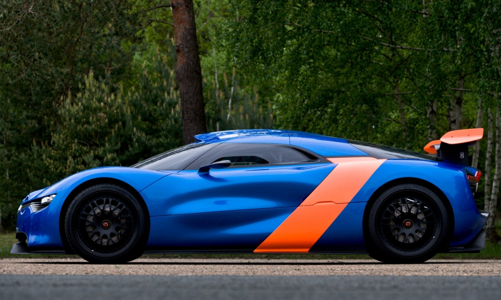 Concept Flashback - 2012 Renault Alpine A110-50 A Blend of M64 and A110 Berlinette 51
