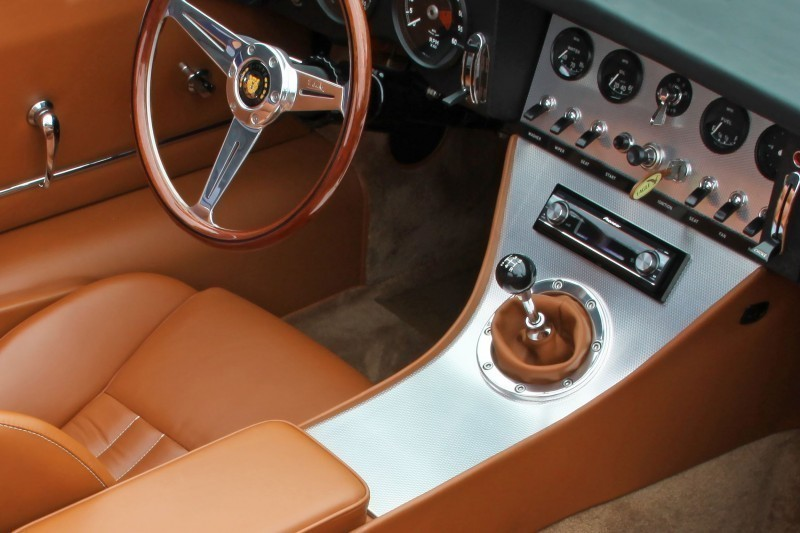 Eagle Spyder GT dash detail