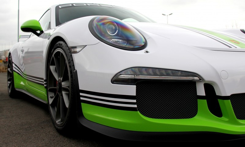 FOSTLA.de Shows Artful Porsche 911 GT3 Foil Wrap Design and Execution 8