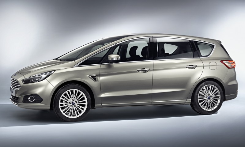 Ford-S-MAX_10