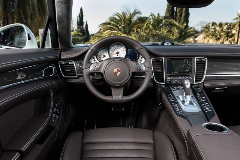 Gallery Post Alpha - Maria Sharapova Rocking Gorgeous 2014 Porsche Panamera GTS 2