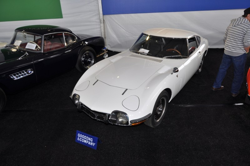 Gooding Pebble Beach 2014 - 1967 Toyota 2000GT in White with Original, US-Delivered Left-Hand-Drive 13