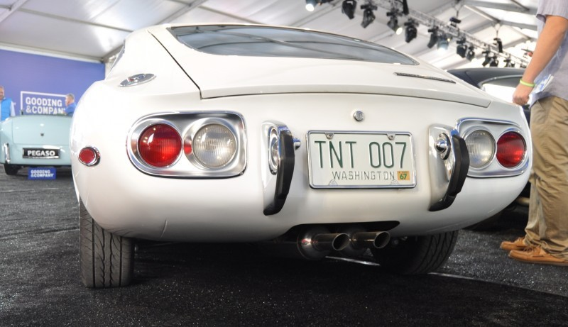 Gooding Pebble Beach 2014 - 1967 Toyota 2000GT in White with Original, US-Delivered Left-Hand-Drive 19