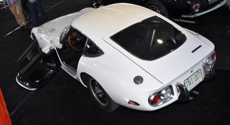 Gooding Pebble Beach 2014 - 1967 Toyota 2000GT in White with Original, US-Delivered Left-Hand-Drive 22