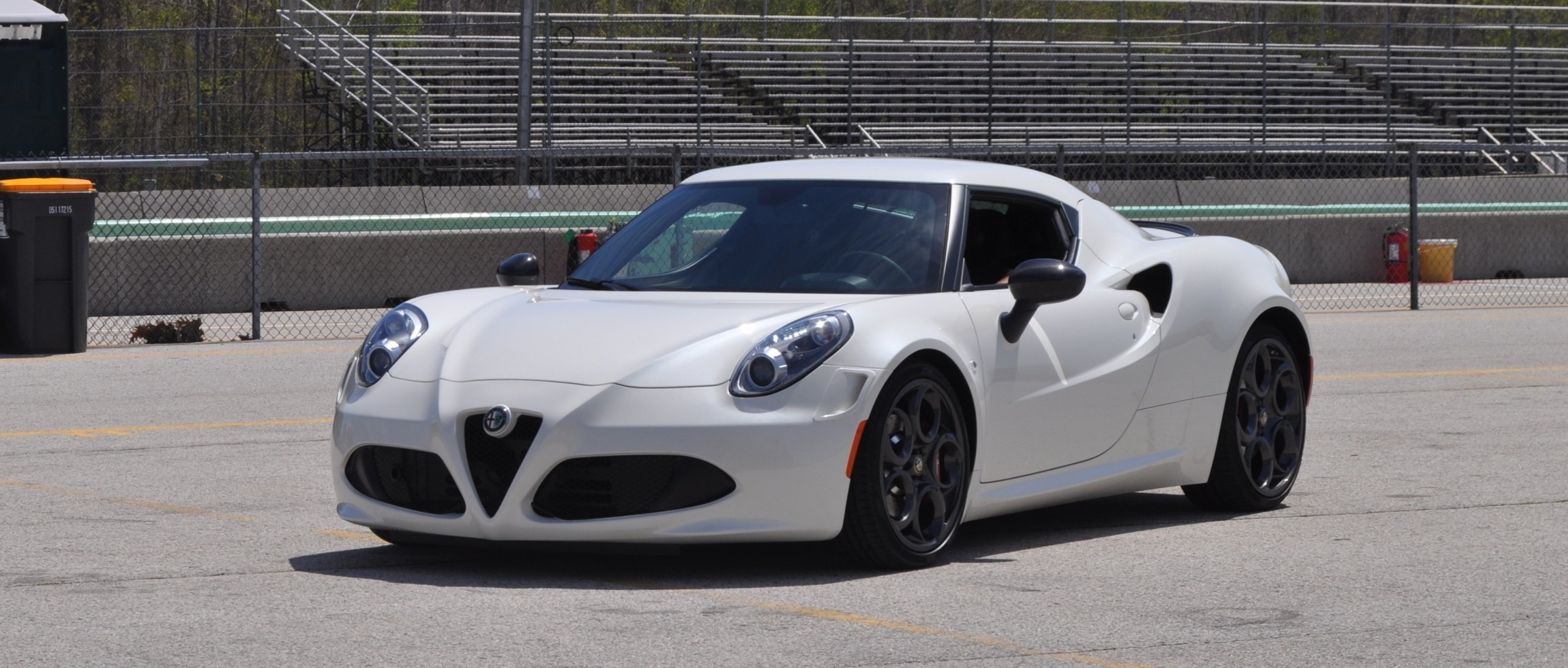gorgeous 2015 alfa romeo 4c revealed in full usa trim new headlights 3. Black Bedroom Furniture Sets. Home Design Ideas