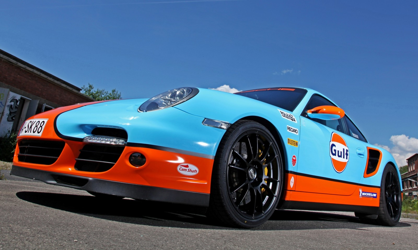 Gulf Racing Livery by CAM SHAFT for the Porsche 911 Turbo 13