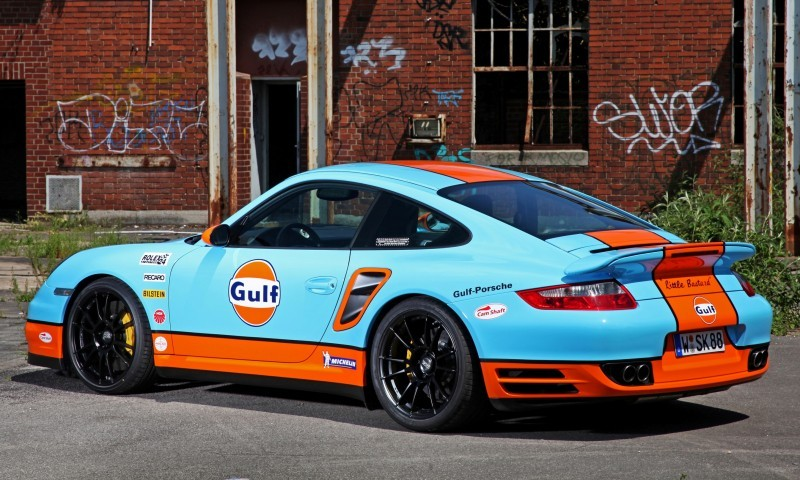 Gulf Racing Livery by CAM SHAFT for the Porsche 911 Turbo 15