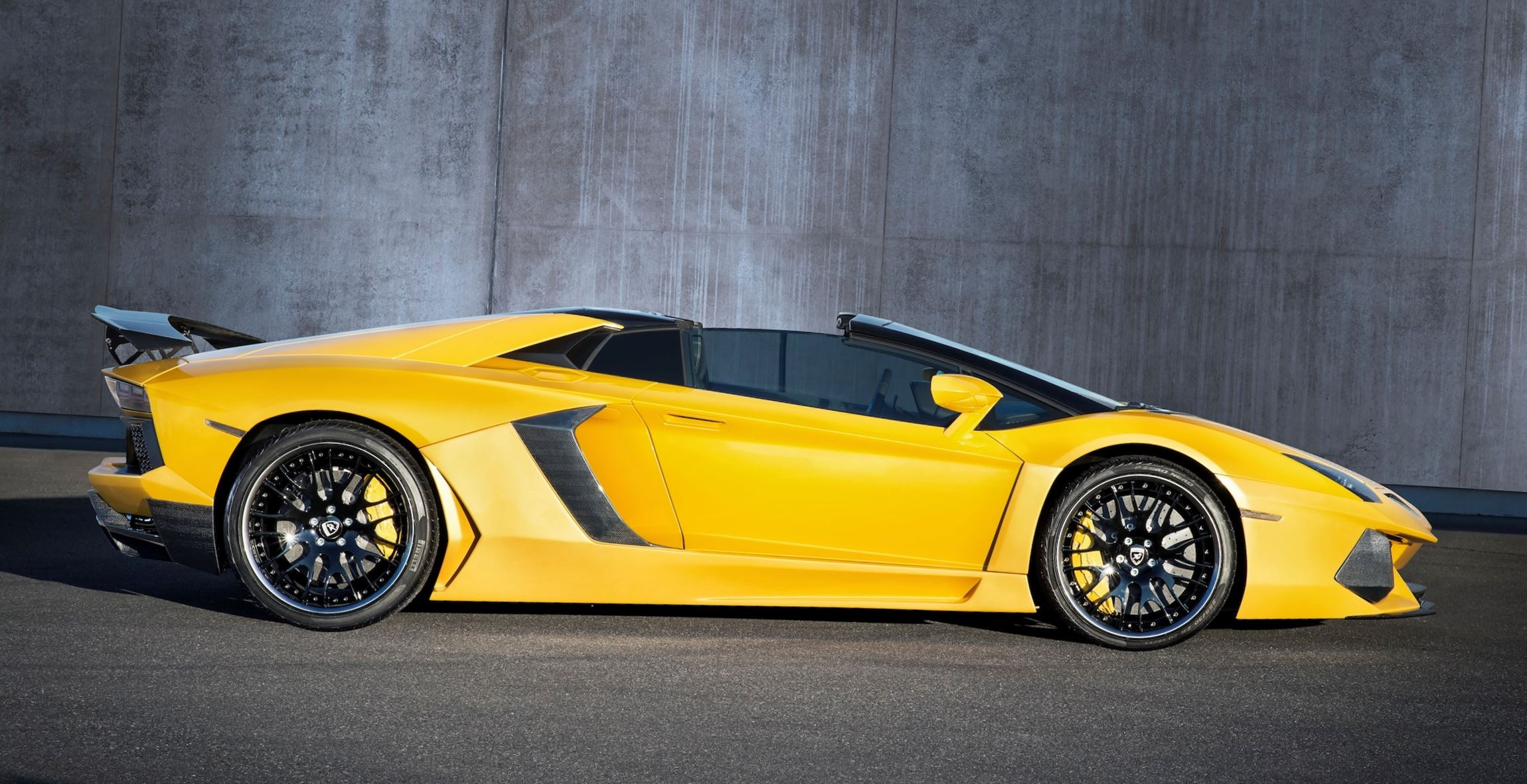 hamann lamborghini aventador roadster exotic aerokit banishes sv envy. Black Bedroom Furniture Sets. Home Design Ideas