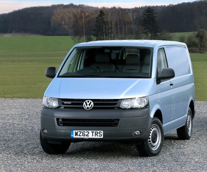 Happy B-Day to the Volkswagen Minibus and Transporter! Work Van Legend Turns 60 in UK This Year 37