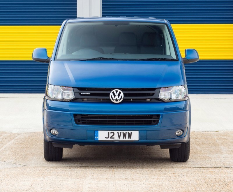 Happy B-Day to the Volkswagen Minibus and Transporter! Work Van Legend Turns 60 in UK This Year 40