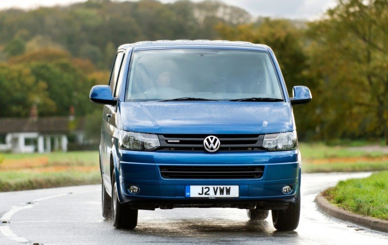 Happy B-Day to the Volkswagen Minibus and Transporter! Work Van Legend Turns 60 in UK This Year 43