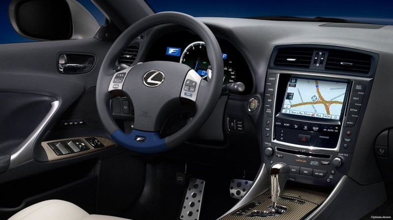 ISF-inspired-cockpit-keyfeatures-1204x677-ISF458-2014-Lexus