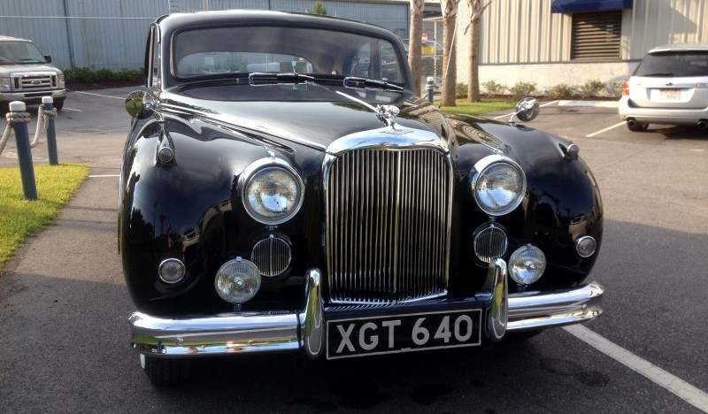 Iconic Classic - 1959 JAGUAR Mark IX Is Blue-Blood Royalty With Most Divine Cabin of the 1950s 1