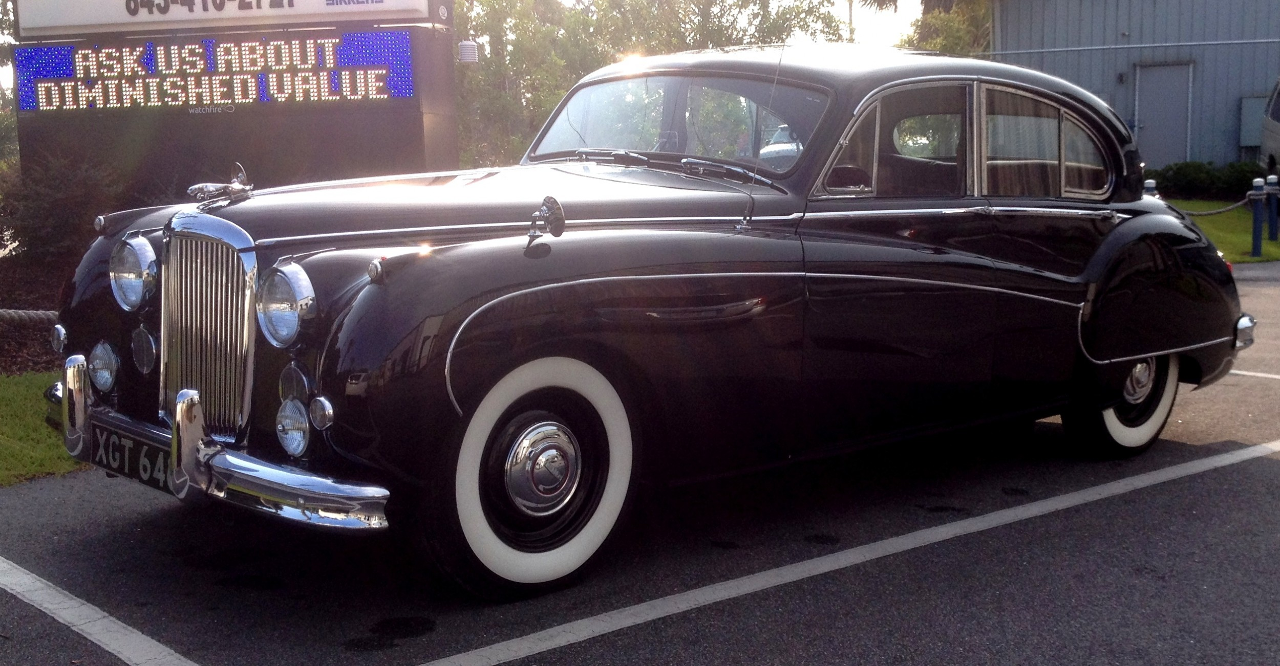 Iconic Classic 1959 Jaguar Mark Ix Is Blue Blood Royalty With Most 1950s Cars