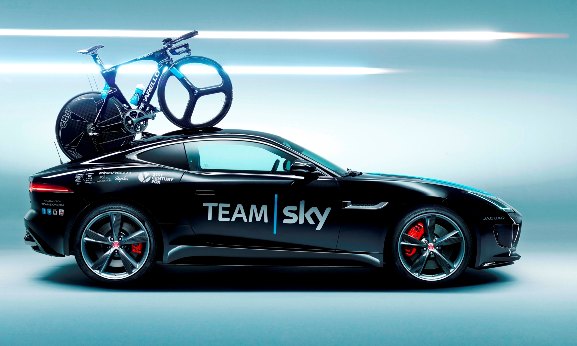 jaguar special ops f type coupe and xfr s sportbrake for team sky tour de france cyclists. Black Bedroom Furniture Sets. Home Design Ideas