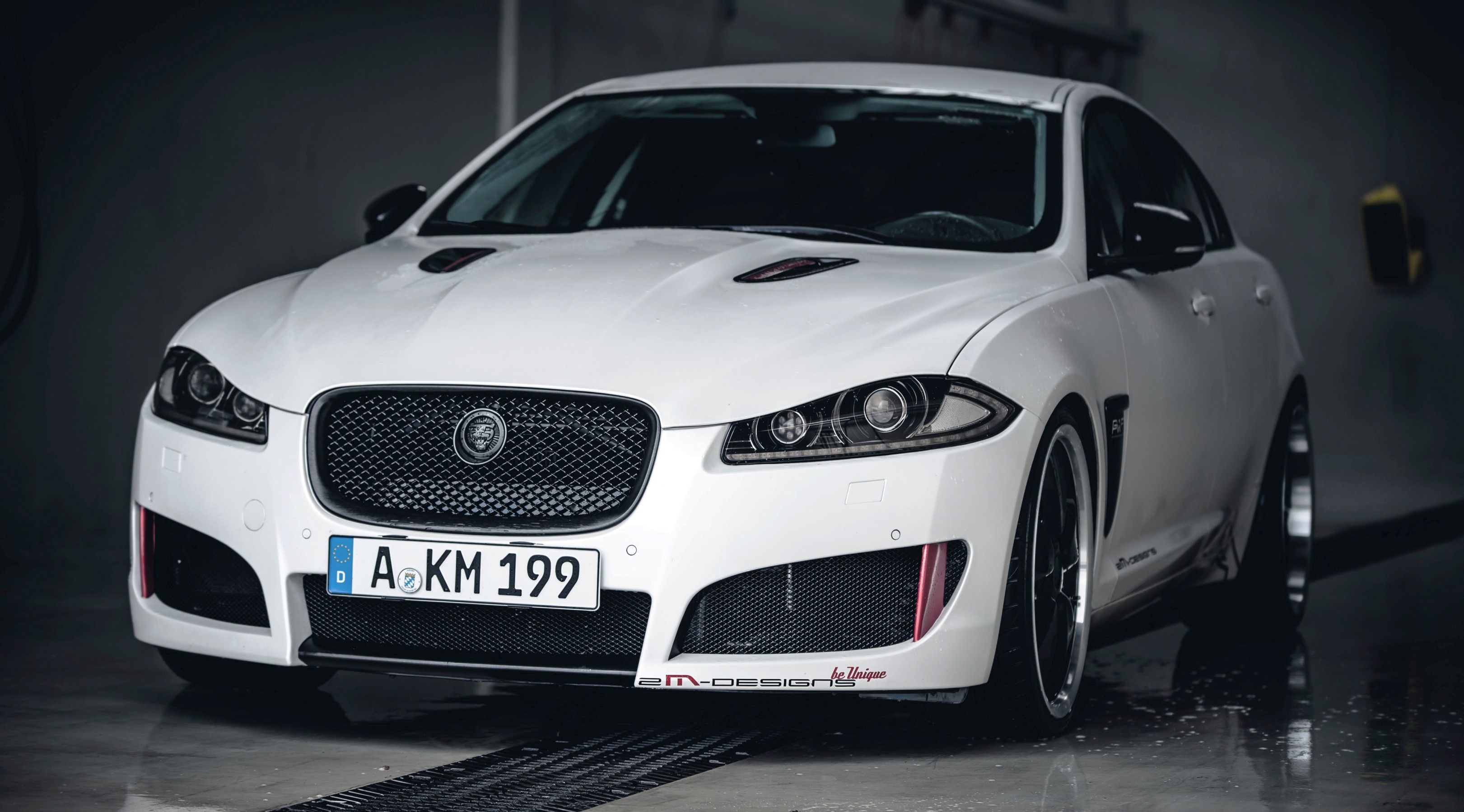 drive jaguar test video youtube xf watch