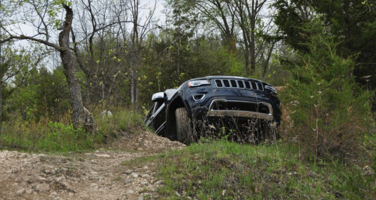 Jeep GC offroading GIF 1