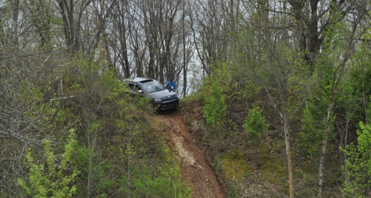 Jeep GC offroading GIF 2