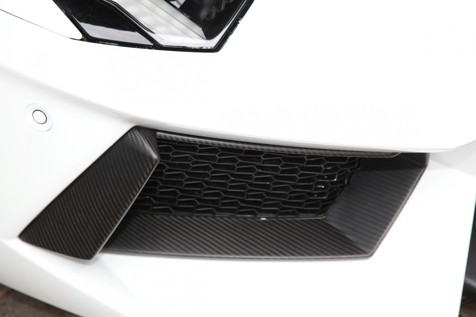 Lamborghini Aventador Becomes A Real Screamer With CAPRISTO Exhaust Upgrade 10