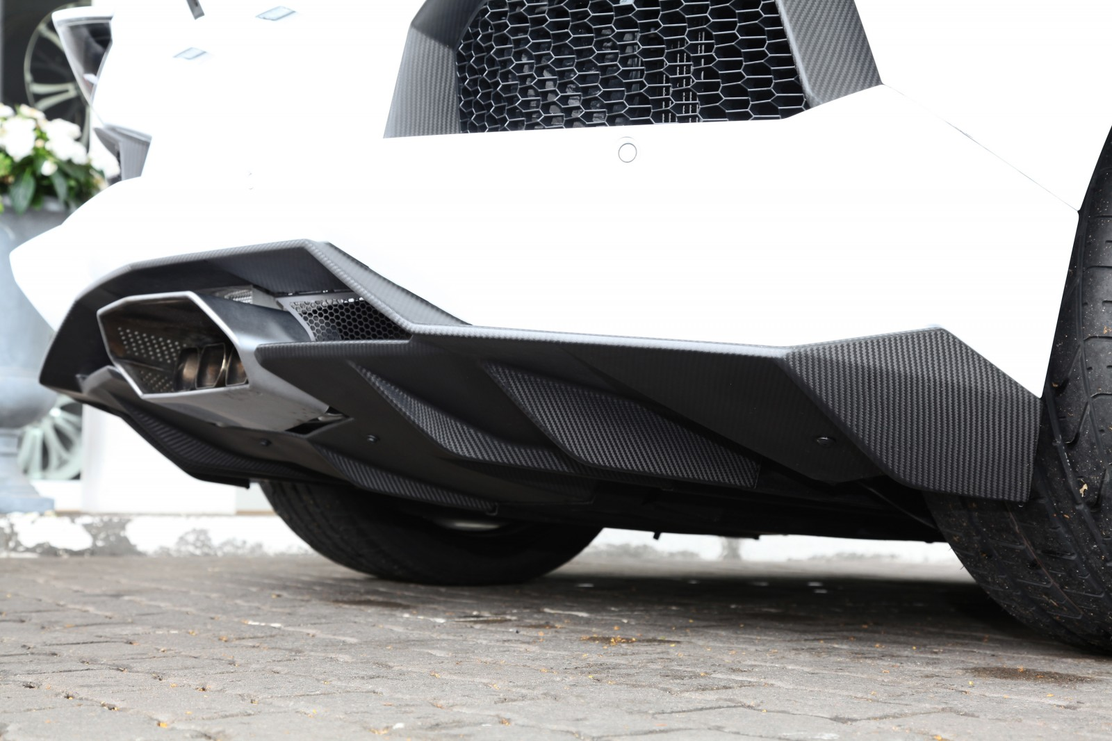 Lamborghini Aventador Becomes A Real Screamer With CAPRISTO Exhaust Upgrade 21
