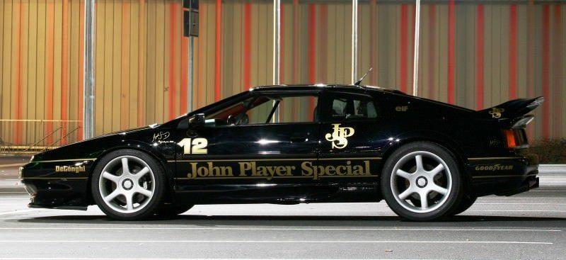 Lotus Esprit in Ayrton Senna JPS Livery by CAMSHAFT 1