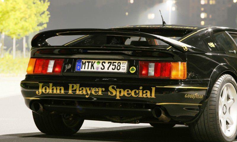 Lotus Esprit in Ayrton Senna JPS Livery by CAMSHAFT 3
