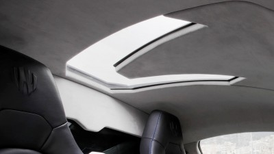 Lykan HyperSport Focus Interior-crop3