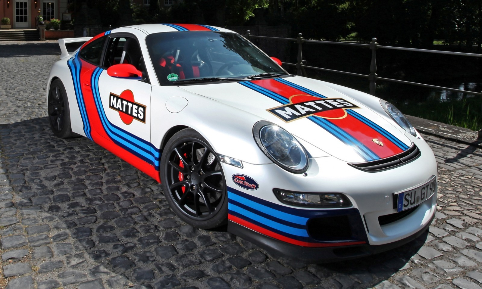 Martini-style Racing Livery by CAM SHAFT for the Porsche 911 GT3 10