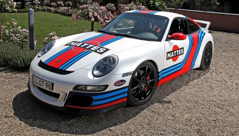Martini-style Racing Livery by CAM SHAFT for the Porsche 911 GT3 16