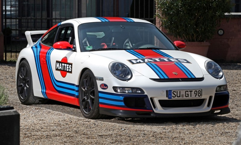 Martini-style Racing Livery by CAM SHAFT for the Porsche 911 GT3 18