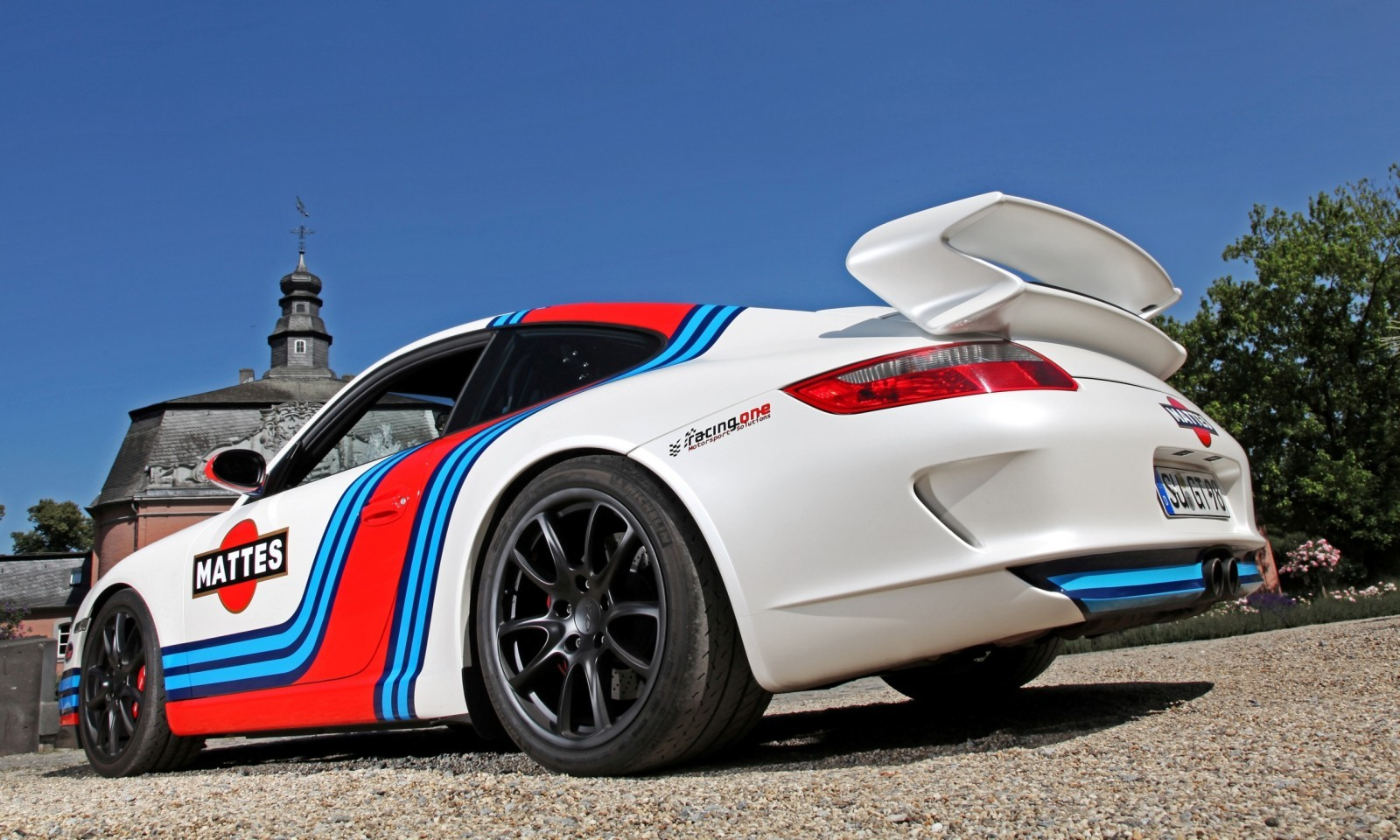 Martini-style Racing Livery by CAM SHAFT for the Porsche 911 GT3 2