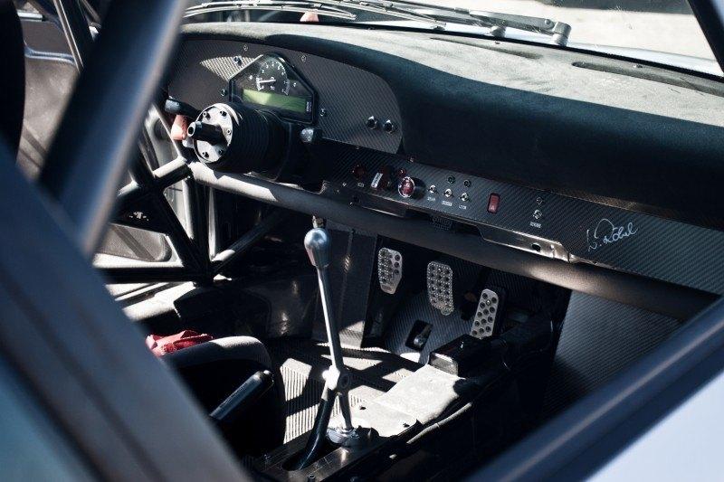 McChip-DKR Porsche 993 GT2 Mc600 12