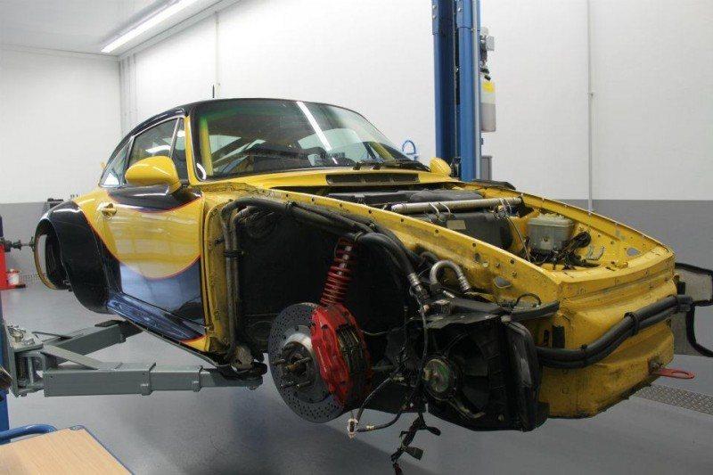 McChip-DKR Porsche 993 GT2 Mc600 16