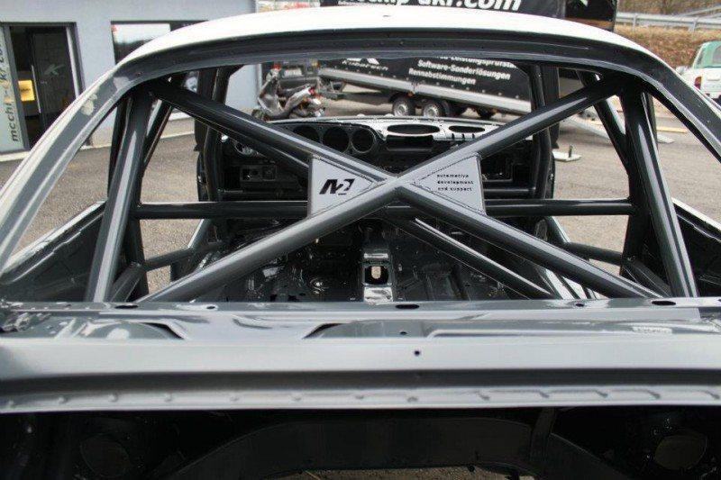 McChip-DKR Porsche 993 GT2 Mc600 19