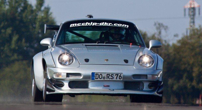McChip-DKR Porsche 993 GT2 Mc600 4