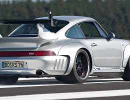 McChip-DKR Porsche 993 GT2 Mc600 Widebody Is Rear-Drive Twin-Turbo with Racing Upfit
