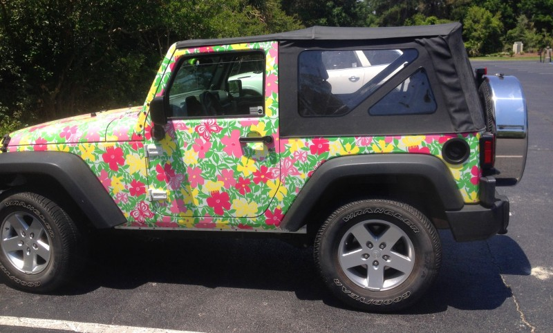 Meet the Extremely Rare, 75-Total Jeep Wrangler Lilly Pulitzer Edition 13