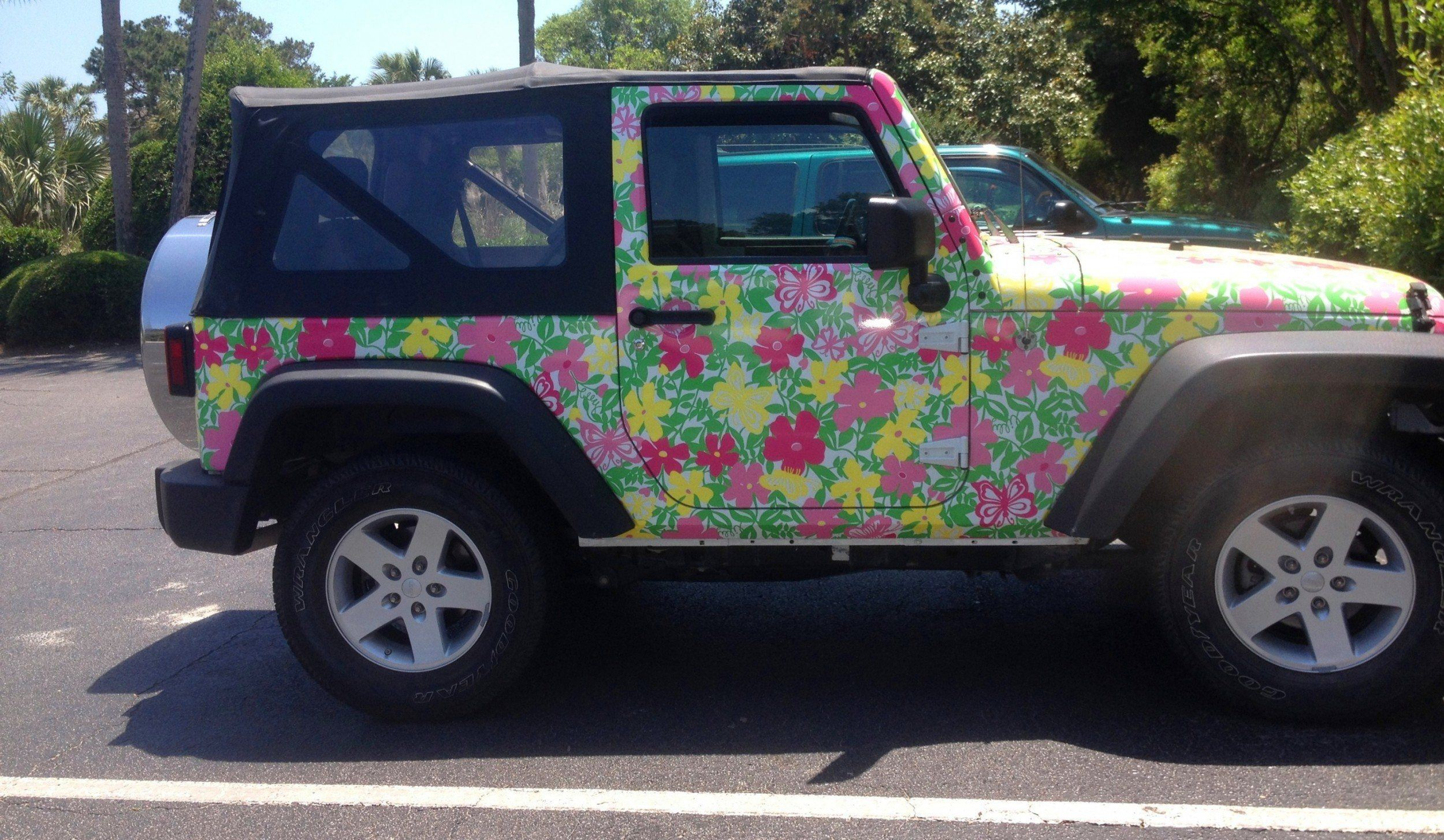 Meet The Jeep Wrangler Lilly Pulitzer Edition