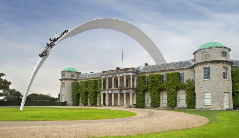 Mercedes-Benz 2014 Goodwood Sculpture Is Huge, But Predictably Joyless 15