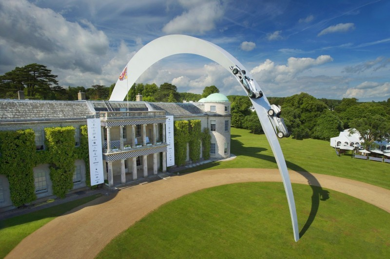 Mercedes-Benz 2014 Goodwood Sculpture Is Huge, But Predictably Joyless 18