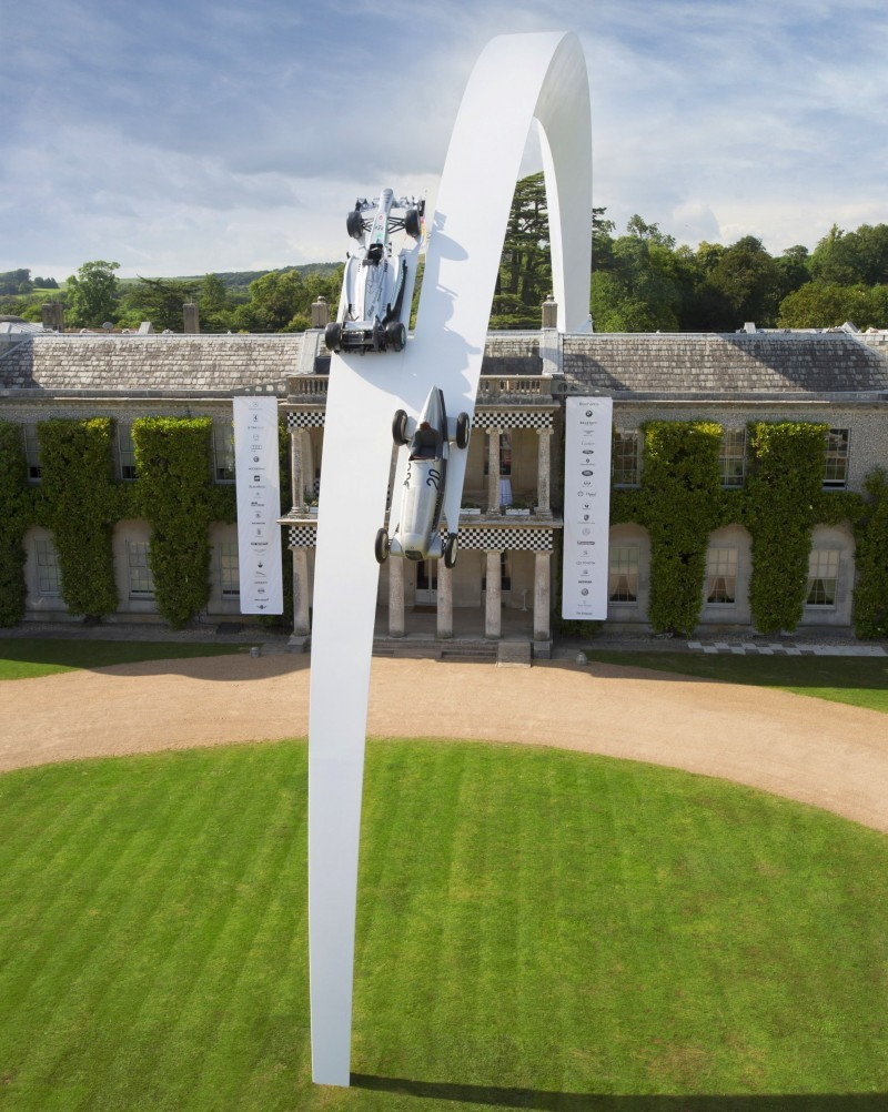 Mercedes-Benz 2014 Goodwood Sculpture Is Huge, But Predictably Joyless 19