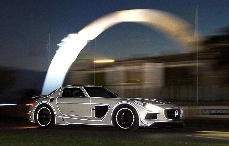 Mercedes-Benz 2014 Goodwood Sculpture Is Huge, But Predictably Joyless 21