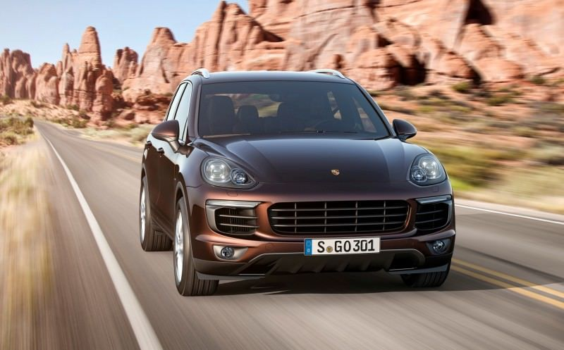 New_Porsche_Cayenne_Diesel_embargo_00_01_CEST_24_July_2014_ii