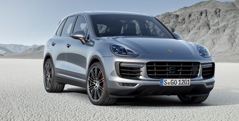 New_Porsche_Cayenne_Turbo_embargo_00_01_CEST_24_July_2014