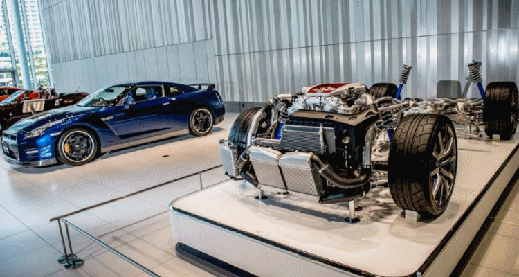 Nissan GTR Engine Takumi GIF header
