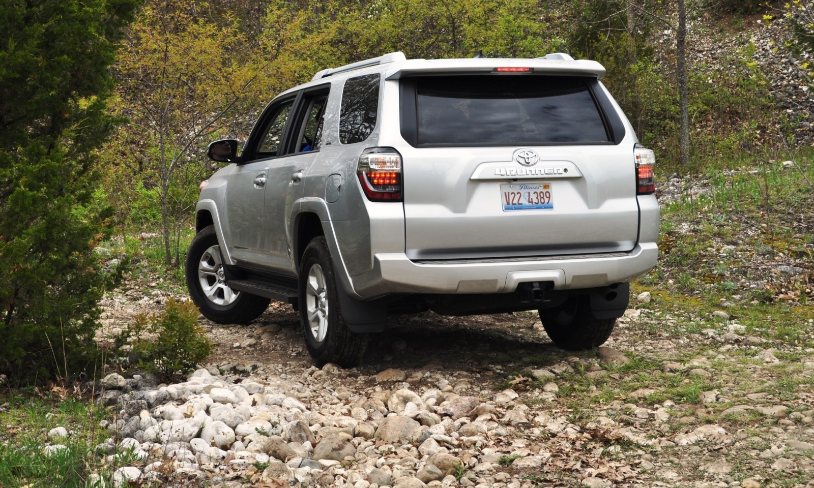 off roading in the 2014 toyota 4runner sr5 guess who chickens out first 23. Black Bedroom Furniture Sets. Home Design Ideas