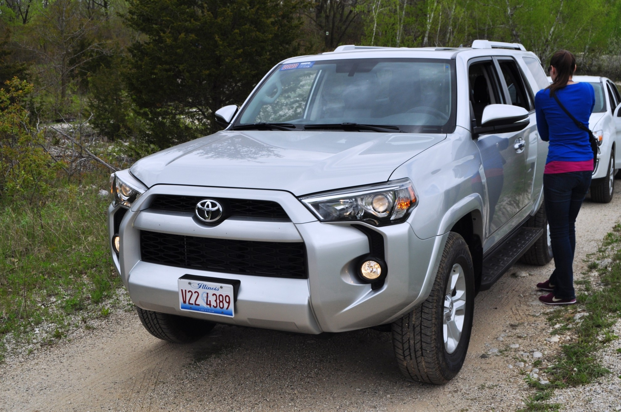 road test review 2014 toyota 4runner limited 2wd is low and sexy. Black Bedroom Furniture Sets. Home Design Ideas