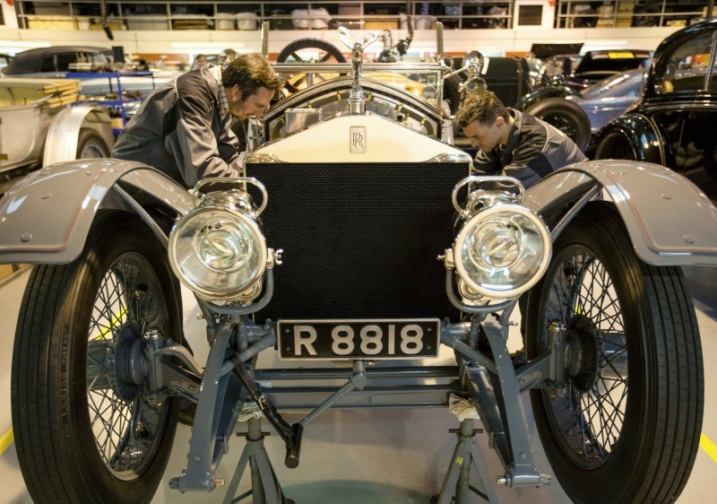 Past and Future Perfect - Rolls-Royce Is Evergreen in 111-Year History - 111 RARE Photos To Celebrate 34