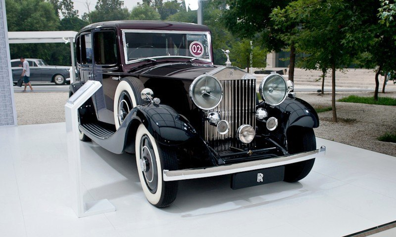 Past and Future Perfect - Rolls-Royce Is Evergreen in 111-Year History - 111 RARE Photos To Celebrate 54