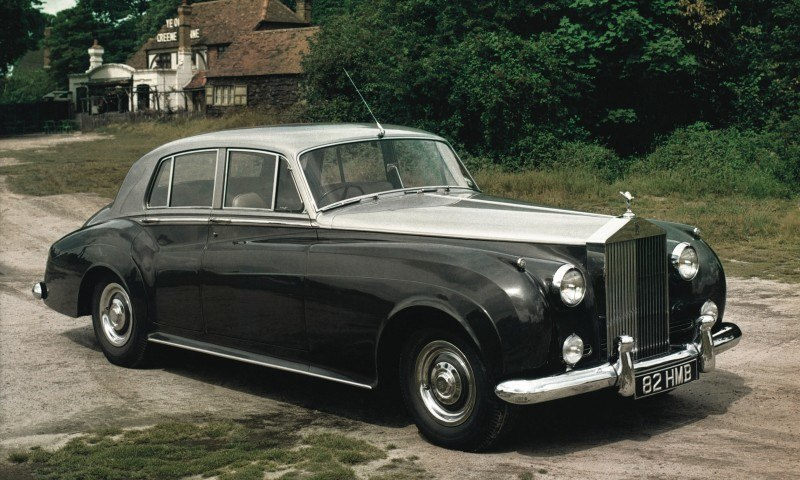 Past and Future Perfect - Rolls-Royce Is Evergreen in 111-Year History - 111 RARE Photos To Celebrate 68